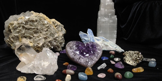 Crystals and Natural Stones